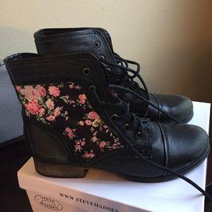 Steve Madden Black Floral Leather Combat Boot